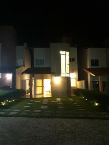Casa alto padrão na CE040 (Aquiraz) com 3 suítes sendo 1 master