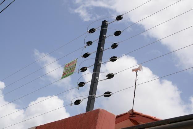 Cerca elétrica e concertina