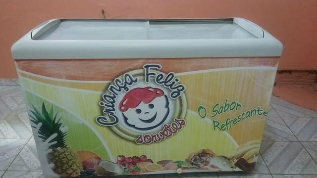 Vendo um freezer valor a conbina