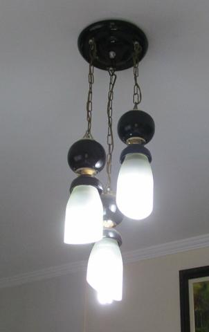 Luminária de teto com 3 lampadas 110 volts