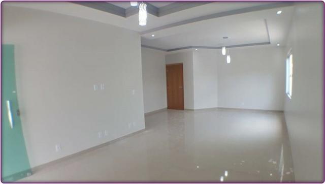Casa 3 Quartos, sendo 2 Suítes, 180 m² c/ Lazer na 207 Sul