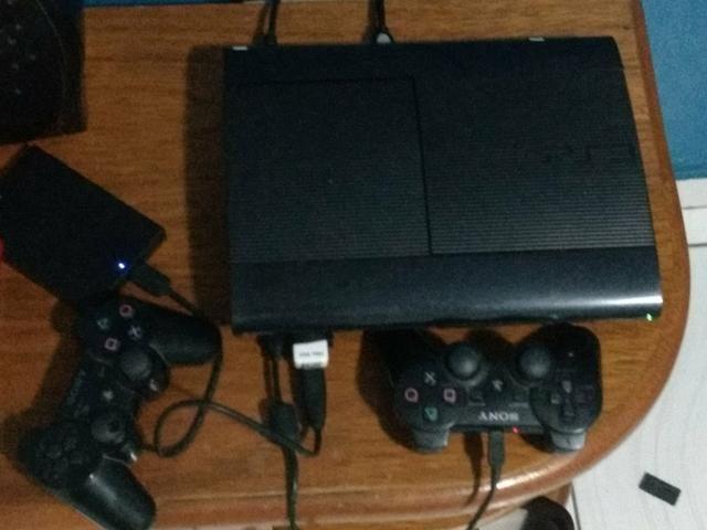 Playstation 3 super slim(DESBLOQUEADO) COM 65 JOGOS NO HD EXTERNO ( PREÇO A NEGOCIAR )