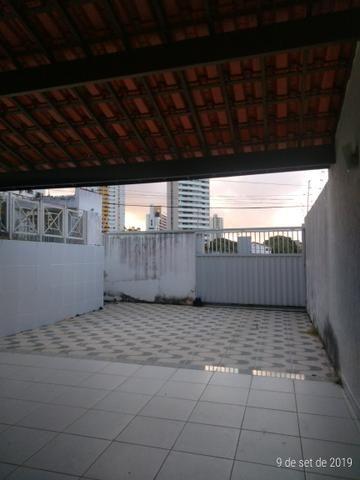Vendo bela casa localizada em Ponta Negra - Foto 18