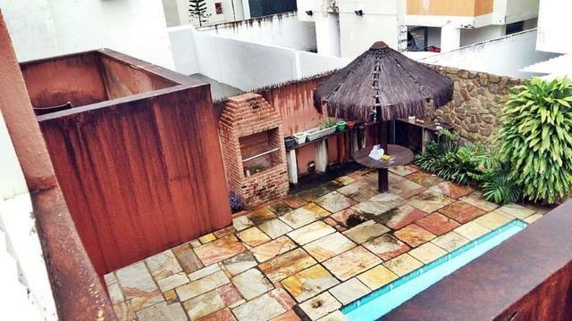 [ A847 ]* Excelente Casa Com 5 Quartos Sendo 3 Suites, com Piscina Em Candeias!! - Foto 5