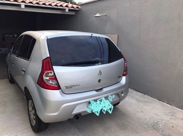 Vendo Sandero Expression por R$17.500,00 - Foto 2