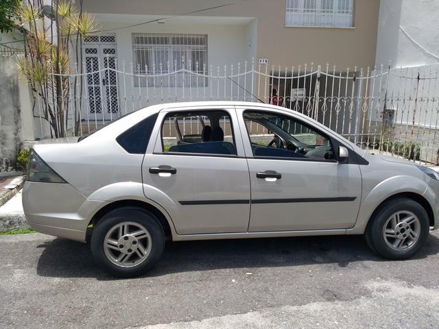 Fiesta sedan 2012 motor 1.6 - Foto 4