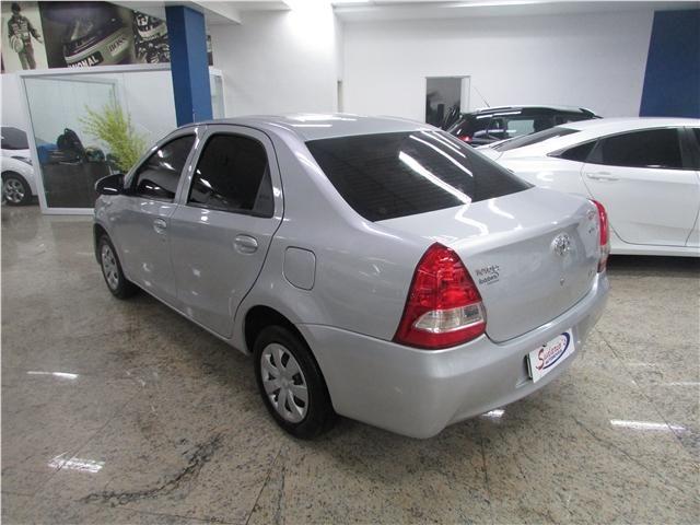 Toyota Etios 1.5 x sedan 16v flex 4p manual - Foto 4