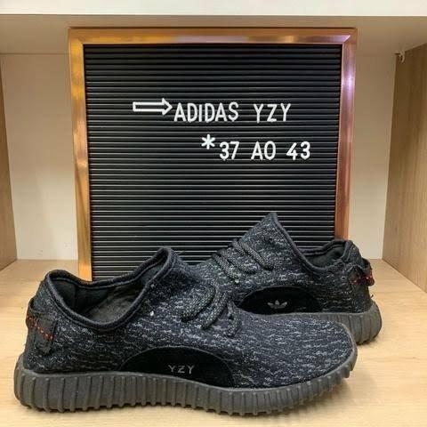 Tênis Adidas YZY ( 38 ao 43 ) - 2 Cores Disponíveis