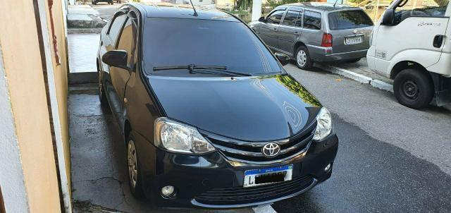 Etios Sedan 1.5 13/14 GNV