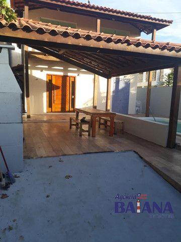 Casa Cond. Portal de Arembepe - 4/4 - 3 Suítes, Piscina, Varanda, Quiosque com Churrasquei - Foto 3