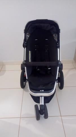 Carrinho Quinny Buzz + Bebê conforto Maxi Cosi