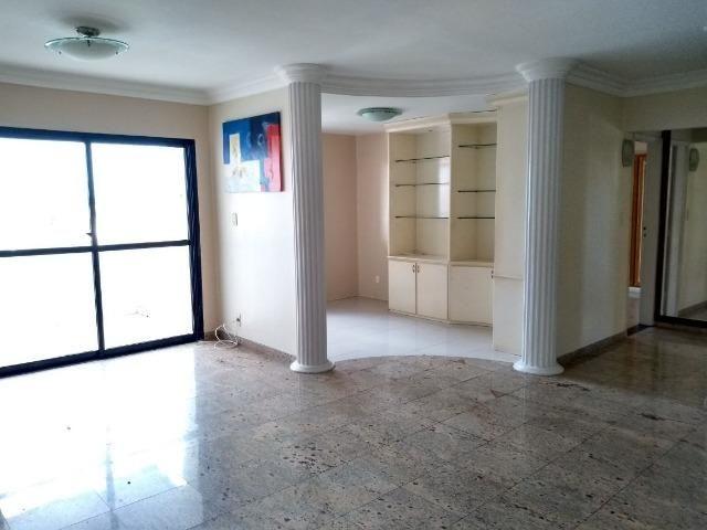Apartamento Vista Del Rio, 3 quartos, 9° andar com vista para o Rio