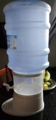 Filtro com botijão para água mineral