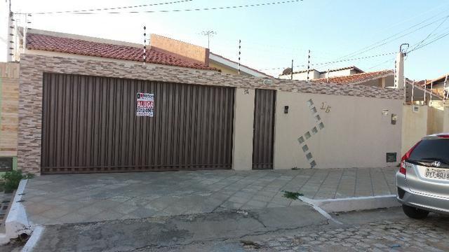 Aluga-se Casa no Nova Betânia, próximo ao Tchê Restaurante