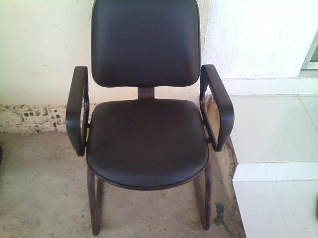 Aproveite agora mesmo - Cadeiras em ótimo estado - Olinda/PE - 81 9 8569-1930