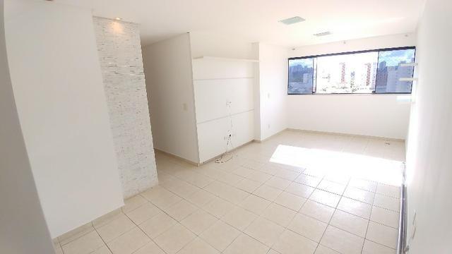 Apartamento 2 Quartos, Ed. Montpellier, Quadra 102, Águas Claras, C/ armários e Garagem