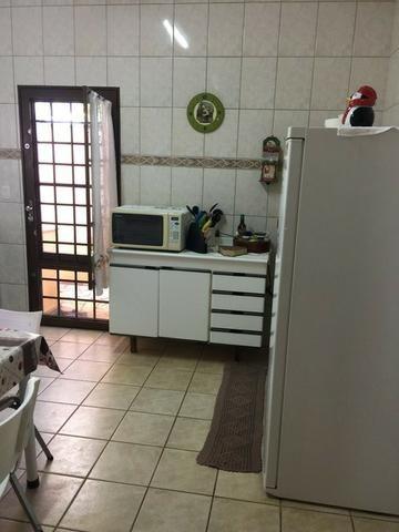 Casa com área de lazer e pomar - Foto 10
