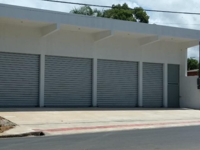 Loja comercial 90m², energia trifásica, localizado Av. Afonso Schwab, Porto de Cariacica