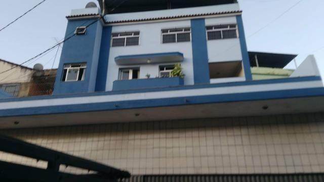 Aluga-se apartamento de 3 quartos no Bairro Vila Rica
