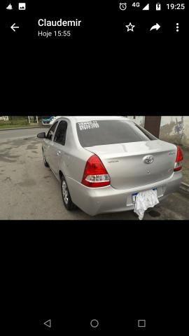 Vendo Toyota Etios - Foto 4