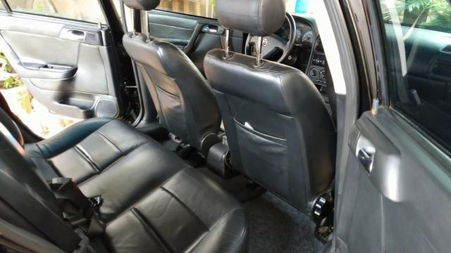 Vendo Astra Hatch 2.0 Completo Ar Direção Super Conservado! - Foto 16