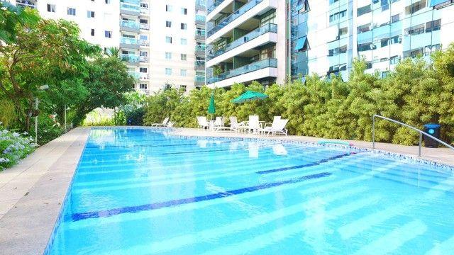Apartamento Cobertura com 4 Suítes, 4 Vagas com 368 m² na Jatiúca em Maceió - Foto 2