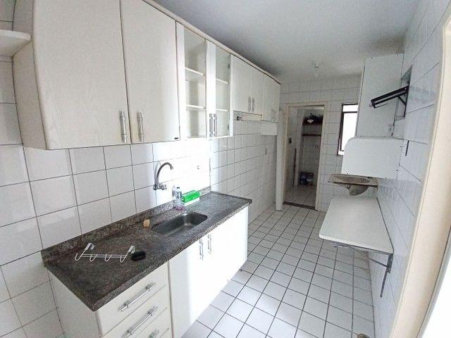 Apartamento com 3 quartos(01 suíte) na Pajuçara! Nascente, ventilado, confira! - Foto 8