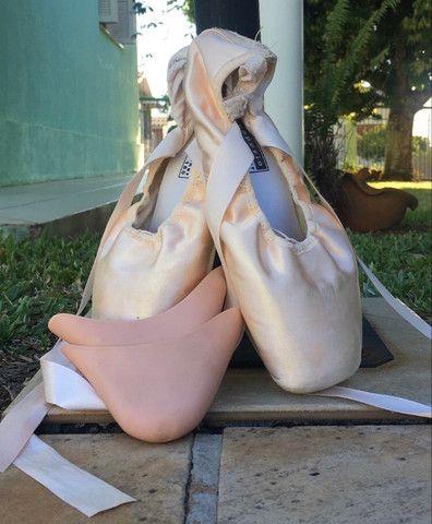Sapatilha de ballet de ponta com ponteiras de silicone Capezio