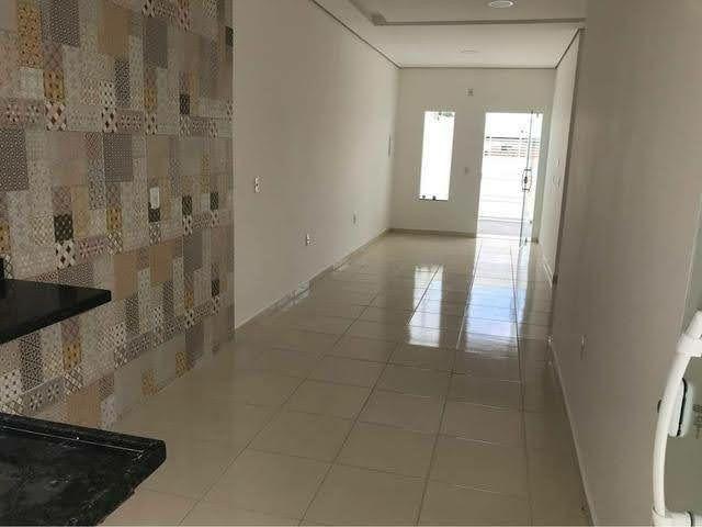 .Casa com 3 qts pronto pra morar 2 vagas todo murado prox Av das torres  - Foto 2