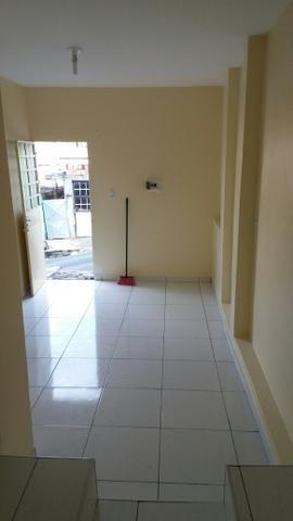 Apartamento pra alugar 400