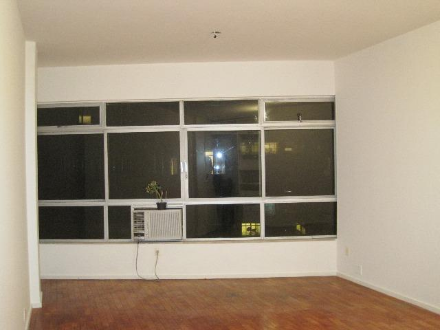 Lindíssimo 3 qtos, 1 suite, 120 m² na quadra da praia próximo ao metrô Zona Sul