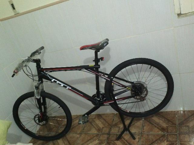 Bicicleta GT Aggressor 1.0 aro 26 (super novíssima)