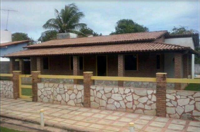 Aluga-se casa em Guarajuba