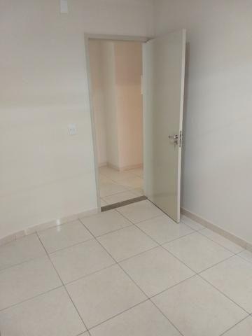 Alugo imóvel térreo no Centro com 4 salas, recepção, 2 Wc's, copa e depósito - Foto 9