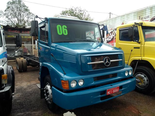 MB 1620 Truck 2006 Bomba Grande 6 Marchas