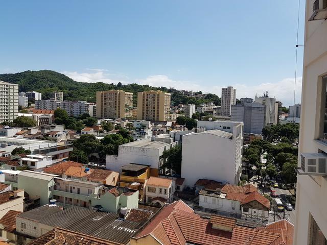 Tijuca, 2 qtos suite dep vaga ( Em Frente a Uerj) - Foto 2