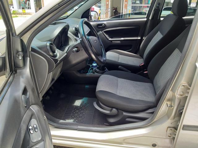 Fiesta sedan 2012 motor 1.6 - Foto 5