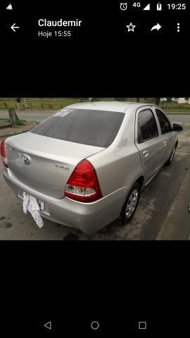 Vendo Toyota Etios - Foto 3