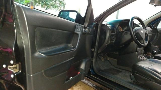 Vendo Astra Hatch 2.0 Completo Ar Direção Super Conservado! - Foto 15