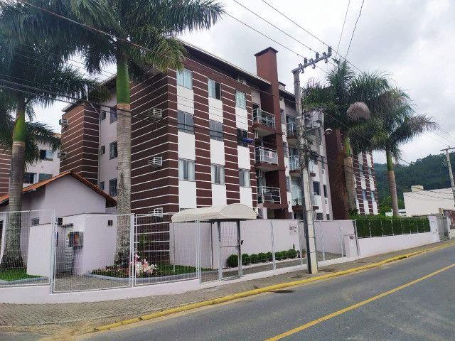 Apartamento totalmente reformado 70m², 2 Quartos, sacada com churrasqueira - São Luis - Foto 3