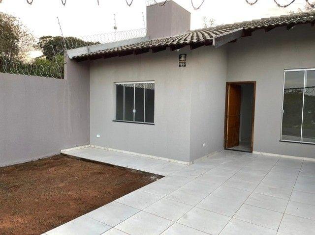 Casa 2 Dorm. 56m² - Parcela Entrada e Aceita Veículos - Foto 3