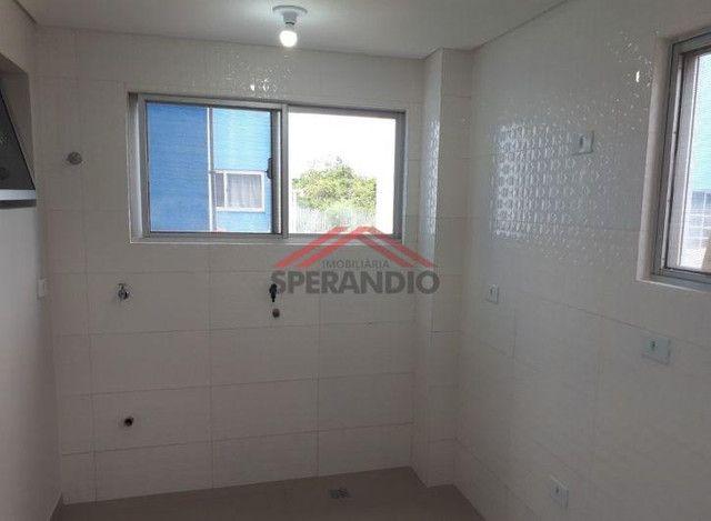 Apartamento térreo, FRENTE MAR em condomínio - Com 01 suíte + 02 quartos - Foto 7