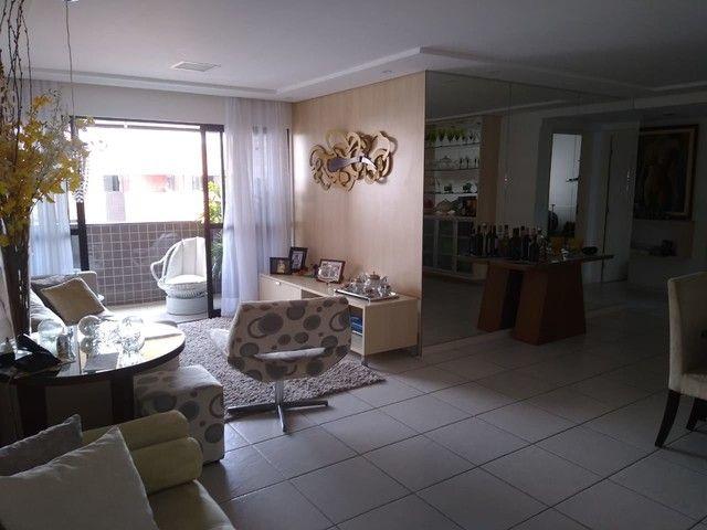 Apto 120m² na Ponta Verde 3 quartos DCE área de lazer completa por 750mil !!