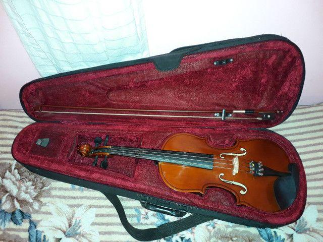 Violino 4/4 por R$300