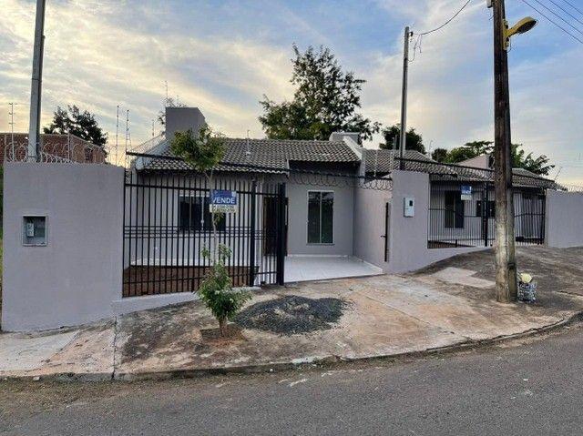 Casa 2 Dorm. 56m² - Parcela Entrada e Aceita Veículos - Foto 2