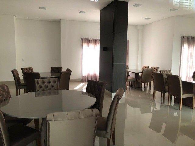Vendo apartamento de 3 suítes no Edifício Arthur - Foto 4