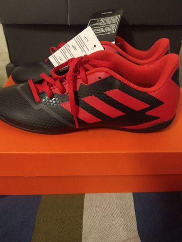 Chuteira de futsal Adidas Artilheira - Foto 3