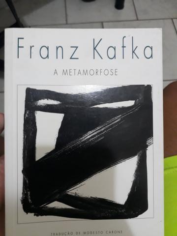 Vendo livro: A metamorfose
