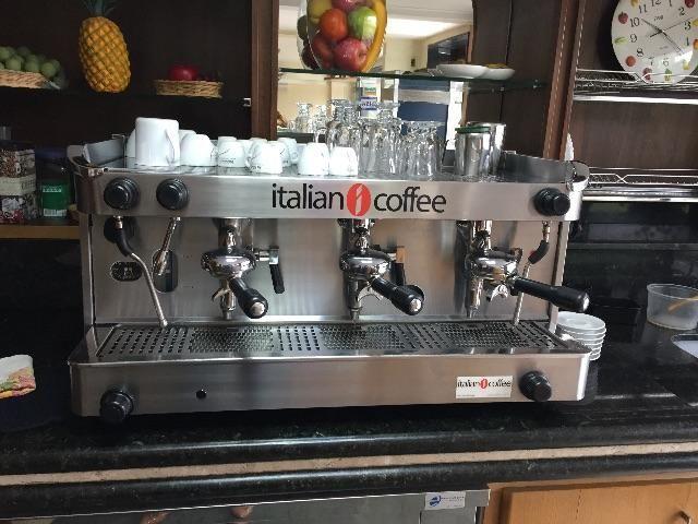 Vendo maquina de café expresso profissional