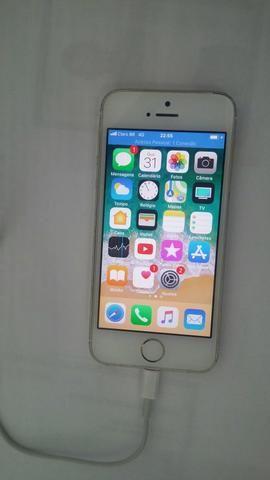 Toco iPhone 5s por violão ou teclado